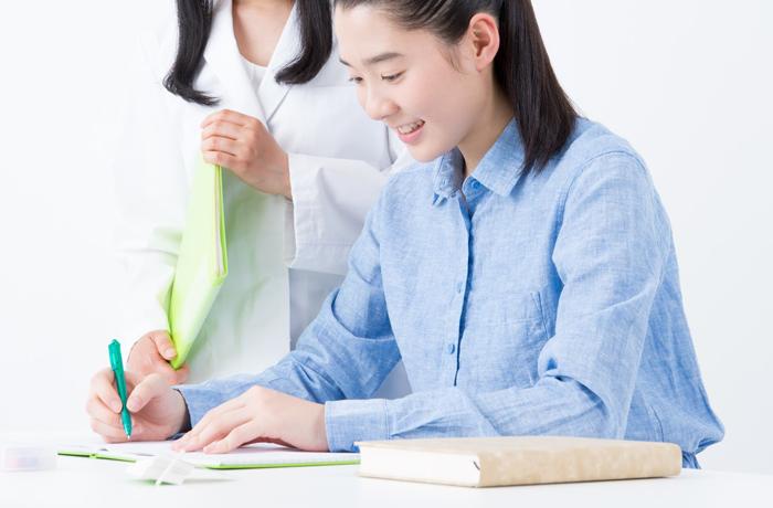 安心して勉強に集中する生徒